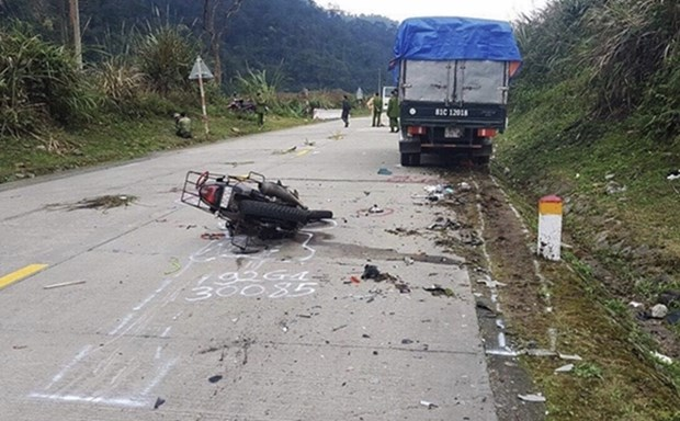 Kon Tum : deux victimes etrangeres dans un accident sur le col de Lo Xo hinh anh 1