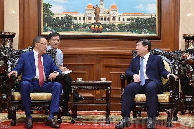 Des entreprises kazakhes sont satisfaites de l'environnement d'affaires a HCM-Ville hinh anh 1