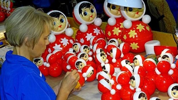 La Russie va expedier des poupees gigognes d'une valeur de plus de 1,3 million de dollars au Vietnam hinh anh 1