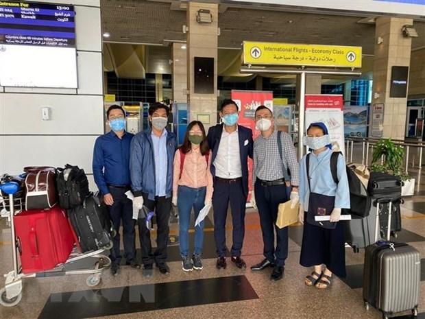 Rapatriement de 266 citoyens vietnamiens du Koweit, du Qatar et d'Egypte hinh anh 1