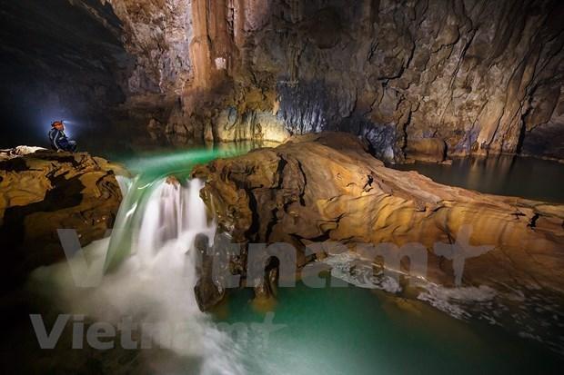 La grotte de Tu Lan: beaute sauvage et magique de la nature hinh anh 1