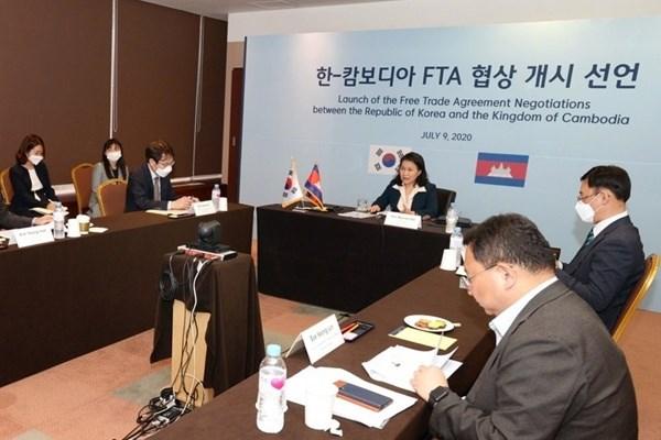 La Republique de Coree demarre les negociations sur l'accord de libre-echange avec le Cambodge hinh anh 1