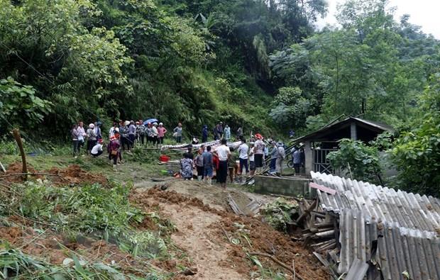 De fortes pluies causent de lourds degats dans plusieurs localites hinh anh 1