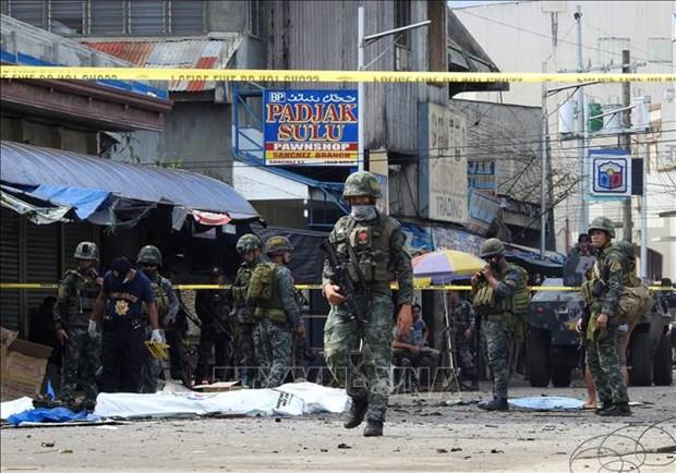 Philippines : un double attentat fait au moins 14 morts et 75 blesses hinh anh 1