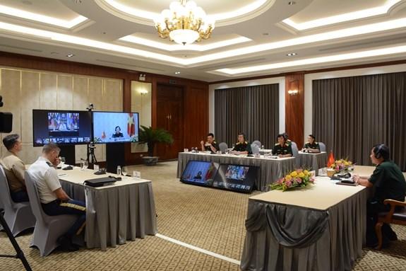 Conference en ligne du commandant des forces de defense de la region d'Indo-Pacifique hinh anh 1