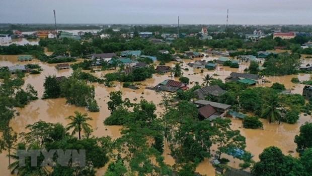 Des climatologues internationaux etudient les tempetes violentes et inondations au Vietnam hinh anh 1