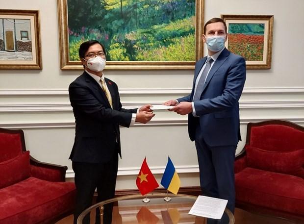 L'Ukraine apprecie les relations d'amitie et de cooperation avec le Vietnam hinh anh 1