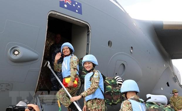 Renforcer les affaires exterieures de defense en temps de paix pour proteger la Patrie hinh anh 3