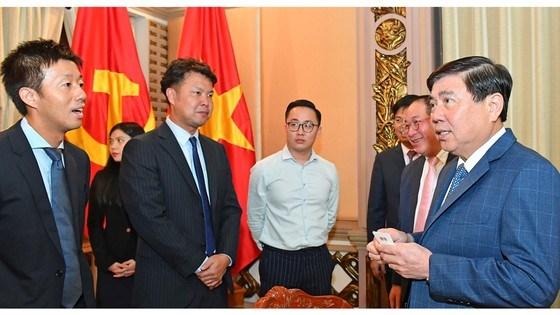 Uniqlo invite a elagir ses activites d'affaires a Ho Chi Minh-Ville hinh anh 1