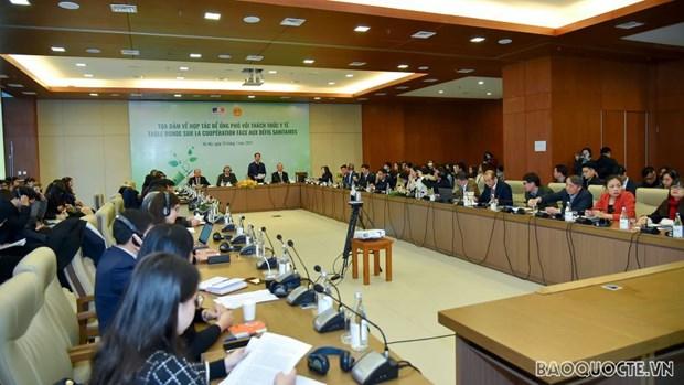 Table ronde sur la cooperation face aux defis sanitaires hinh anh 2