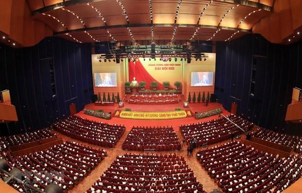 La presse lao : le 13e Congres du Parti illustre le developpement rigoureux du PCV hinh anh 1