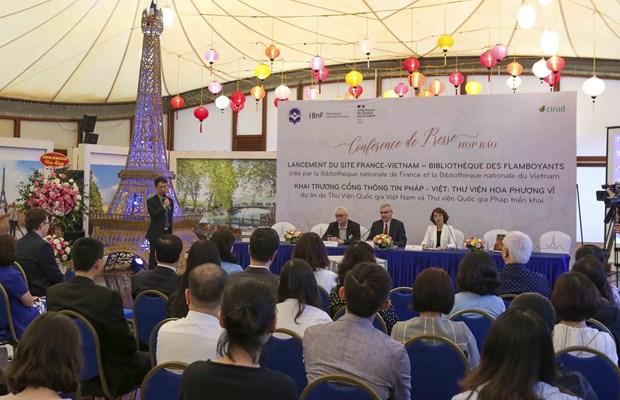 Lancement du site France-Vietnam - Bibliotheques des flamboyants hinh anh 2