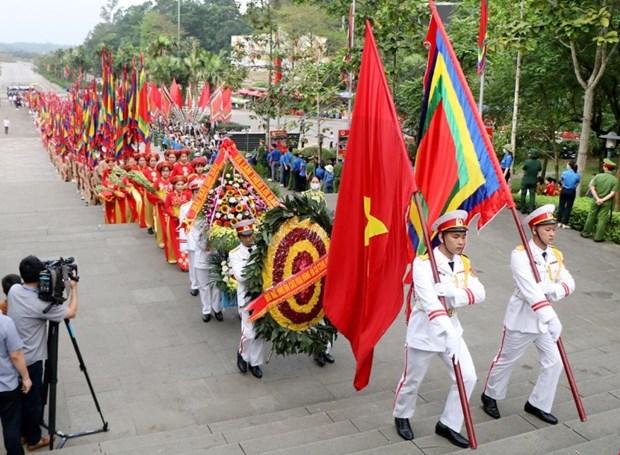 Le president Nguyen Xuan Phuc rend hommage aux rois fondateurs Hung a Viet Tri hinh anh 2