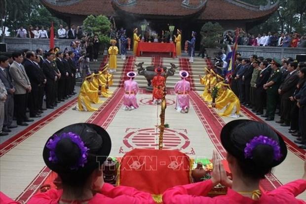 Phu Tho : programme artistique en commemoration des rois Hung hinh anh 2
