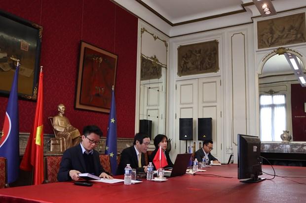 Plus de 800 millions d'euros engages par TEAM EUROPE aux pays aseaniens hinh anh 3