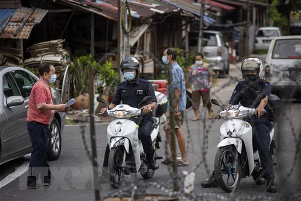 COVID-19: la Malaisie prolonge l'etat d'urgence dans l'Etat du Sarawak hinh anh 1