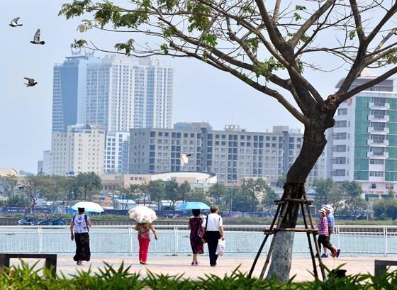 Partage des experiences a propos de l'investissement dans l'urbanisation durable hinh anh 1