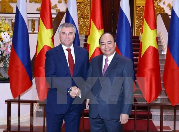 Le PM Nguyen Xuan Phuc recoit le president de la Douma d'Etat de Russie hinh anh 1