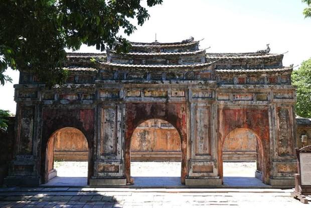 Restauration d'ouvrages du Palais Phung Tien, a Dai Noi de Hue hinh anh 1