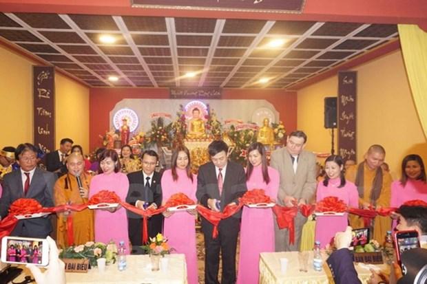 Inauguration d'un centre culturel bouddhique des Vietnamiens en Republique tcheque hinh anh 1