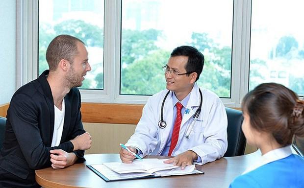 Les services de sante vietnamiens attirent des etrangers hinh anh 1
