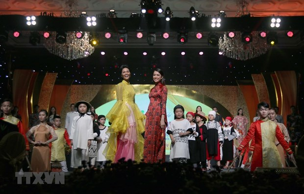 Cloture du Festival de l'ao dai 2019 a Ho Chi Minh-Ville hinh anh 1