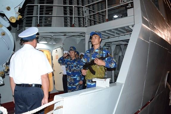 La fregate 012-Ly Thai To est partie pour la Malaisie et le Myanmar hinh anh 1