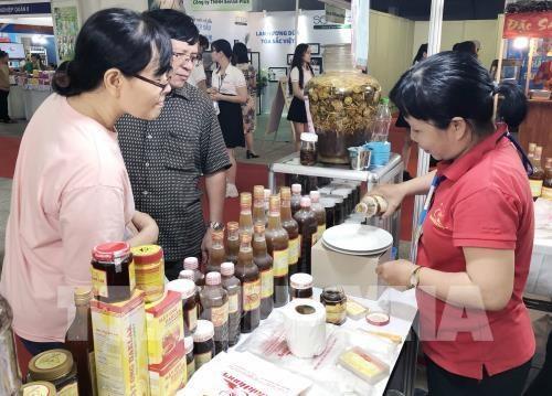 Ouverture de la foire-exposition «Honorer des marchandises vietnamiennes » a Ho Chi Minh-Ville hinh anh 1