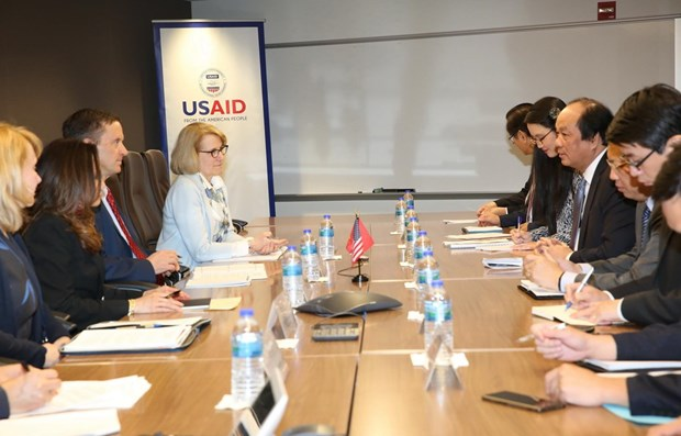 Promouvoir la cooperation entre le Vietnam et l'USAID hinh anh 1