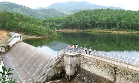 La Banque mondiale assiste la refection des lacs-reservoirs a Khanh Hoa hinh anh 1