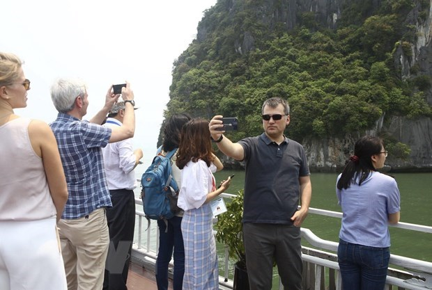 Quang Ninh recoit une delegation de l'OANA hinh anh 2