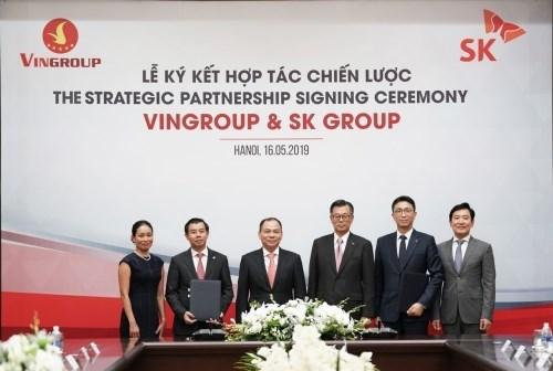 Un geant groupe sud-coreen investit un milliard de dollars au Vingroup hinh anh 1