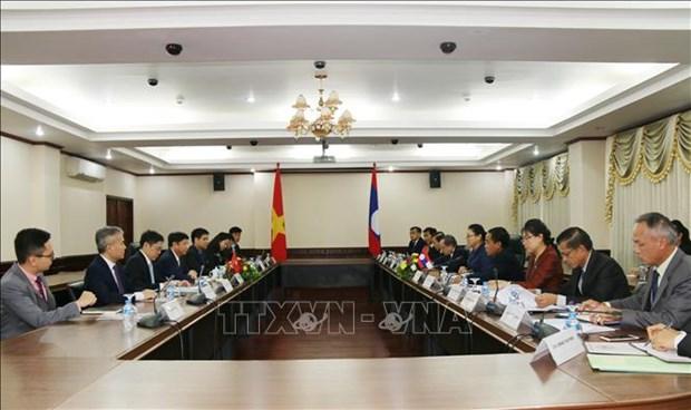 Une delegation du ministere vietnamien des Affaires etrangeres au Laos hinh anh 1