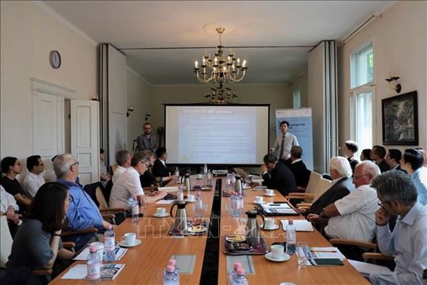 Seminaire en Allemagne sur le programme d'innovation et de creativite reserve aux PME hinh anh 1