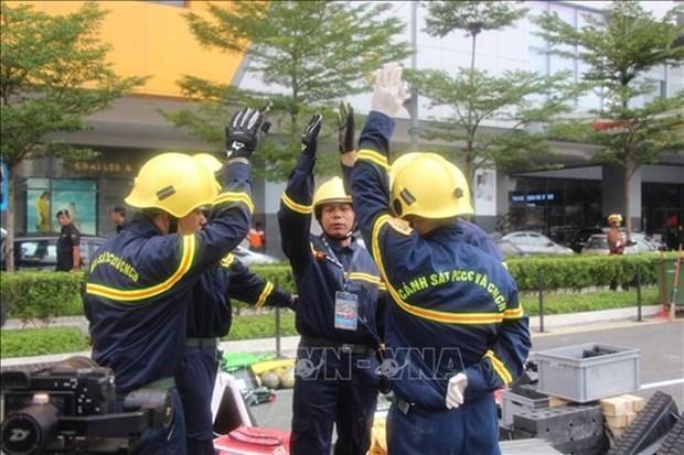 Le Vietnam participe a une competition internationale de sauvetage en Malaisie hinh anh 1