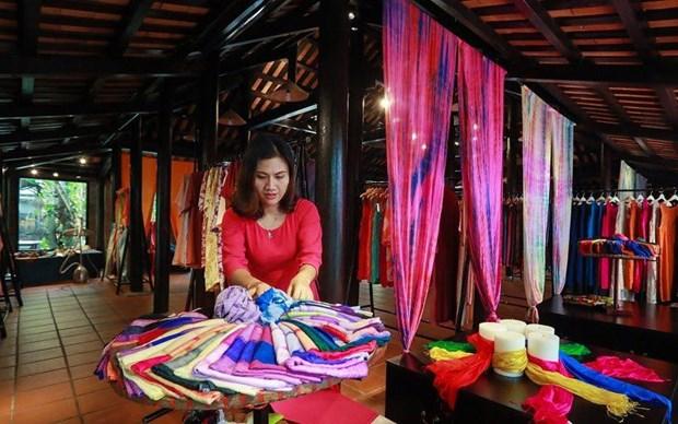 Bientot le 5e festival de la soie et de la brocatelle du Vietnam et du monde a Quang Nam hinh anh 1