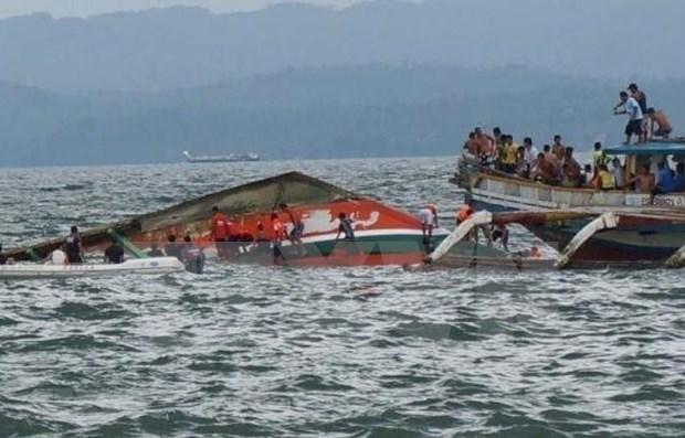 Des ferrys naufrages aux Philippines font des dizaines de morts hinh anh 1