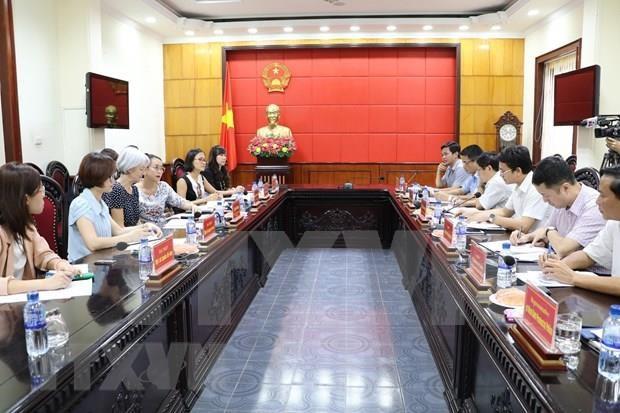 Echanger des informations sur la mission consulaire a Ninh Binh hinh anh 1