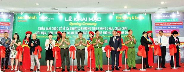 HCM-Ville: Ouverture d'une expo internationale sur la prevention et la lutte contre les incendies hinh anh 1