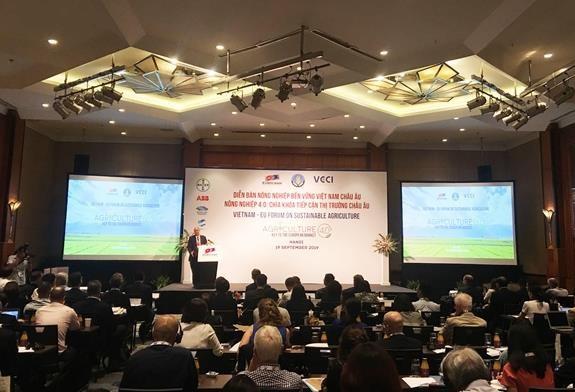 Le forum sur l'agriculture durable Vietnam-Europe a Hanoi hinh anh 1