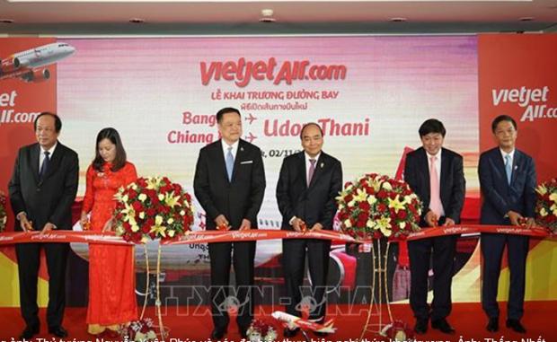 Le PM Nguyen Xuan Phuc assiste a l'inauguration de nouvelles lignes aeriennes en Thailande hinh anh 1