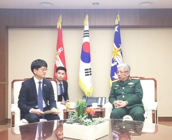 Vietnam-Republique de Coree : entrevue entre les vice-ministres de la Defense hinh anh 1