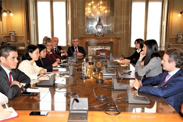 Promouvoir la cooperation economique entre le Vietnam et des regions du Nord de l'Italie hinh anh 1