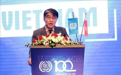 COVID-19 : l'OIT Vietnam prete a assister le gouvernement, les employeurs et les travailleurs hinh anh 1