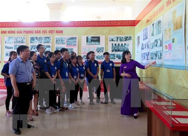 Ouverture d'une exposition sur le President Ho Chi Minh a Thai Nguyen hinh anh 1