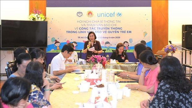 Renforcer la connexion entre les organes de communication pour proteger les droits de l'enfant hinh anh 1