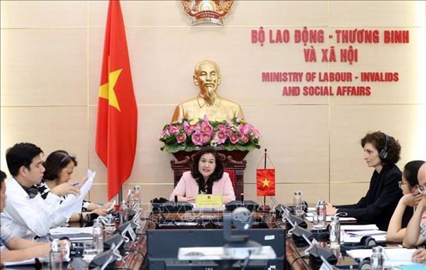 Vietnam et Suisse promeuvent des accords bilateraux sur l'emploi, le travail et la societe hinh anh 1