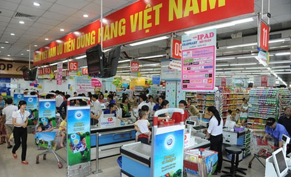 """Les consommateurs vietnamiens preferent le """"made in Vietnam"""" hinh anh 1"""