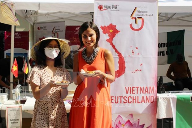 Des images sur le Vietnam presentees lors d'un festival multiculturel en Allemagne hinh anh 1