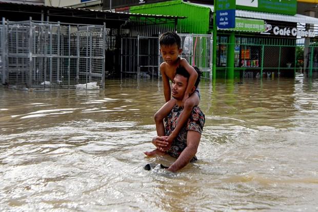 Les inondations font 18 morts au Cambodge hinh anh 1
